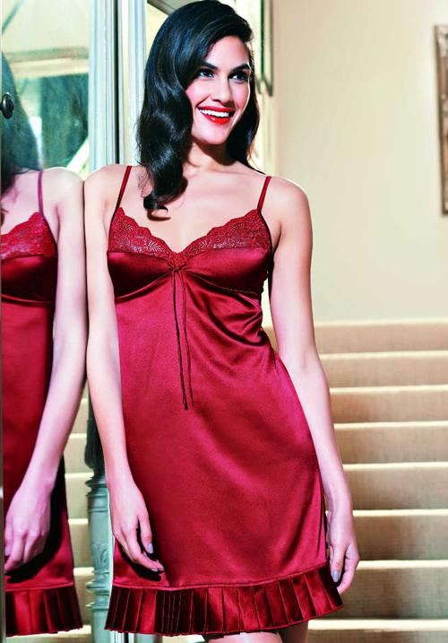 Enamor Short Scarlet Nightwear DN20