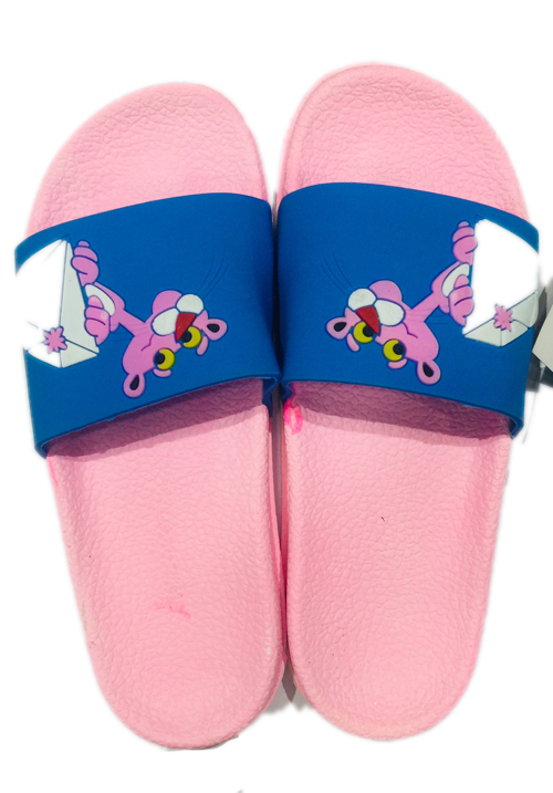 Essentials pink footwear