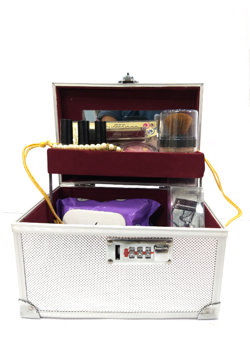 Silver Make-up Box
