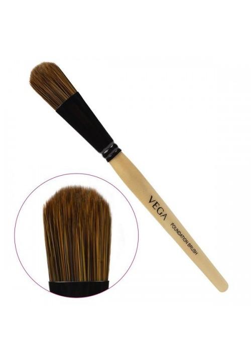 Vega Foundation Brush EV-01